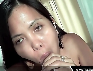 Horny Asian Filipina Deepthroats Thick Dick
