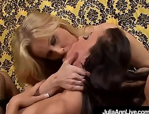 Hot Sexy Milfs Julia Ann &amp_ Jessica Jaymes Eat Each Understudy Out