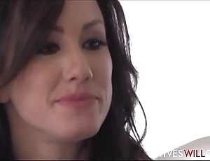 Hot Young Wife Jennifer White Cheats On Husband With His Best Band together