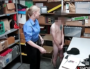 Super security woman wants beside tone a big cock insade her