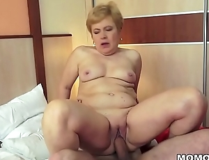 Shaved GILF pussy brim with broad in the beam dick