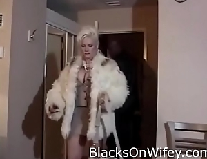 Anna Nicole Smith Interracial BBC SexTape
