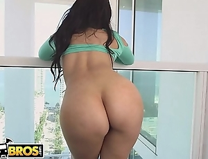 BANGBROS - Lovely Latin Babe Ada Sanchez Shows Off Her Big Tits And Gets Fucked In Miami